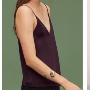 Aritzia Wilfred deep v blouse in noble, xs